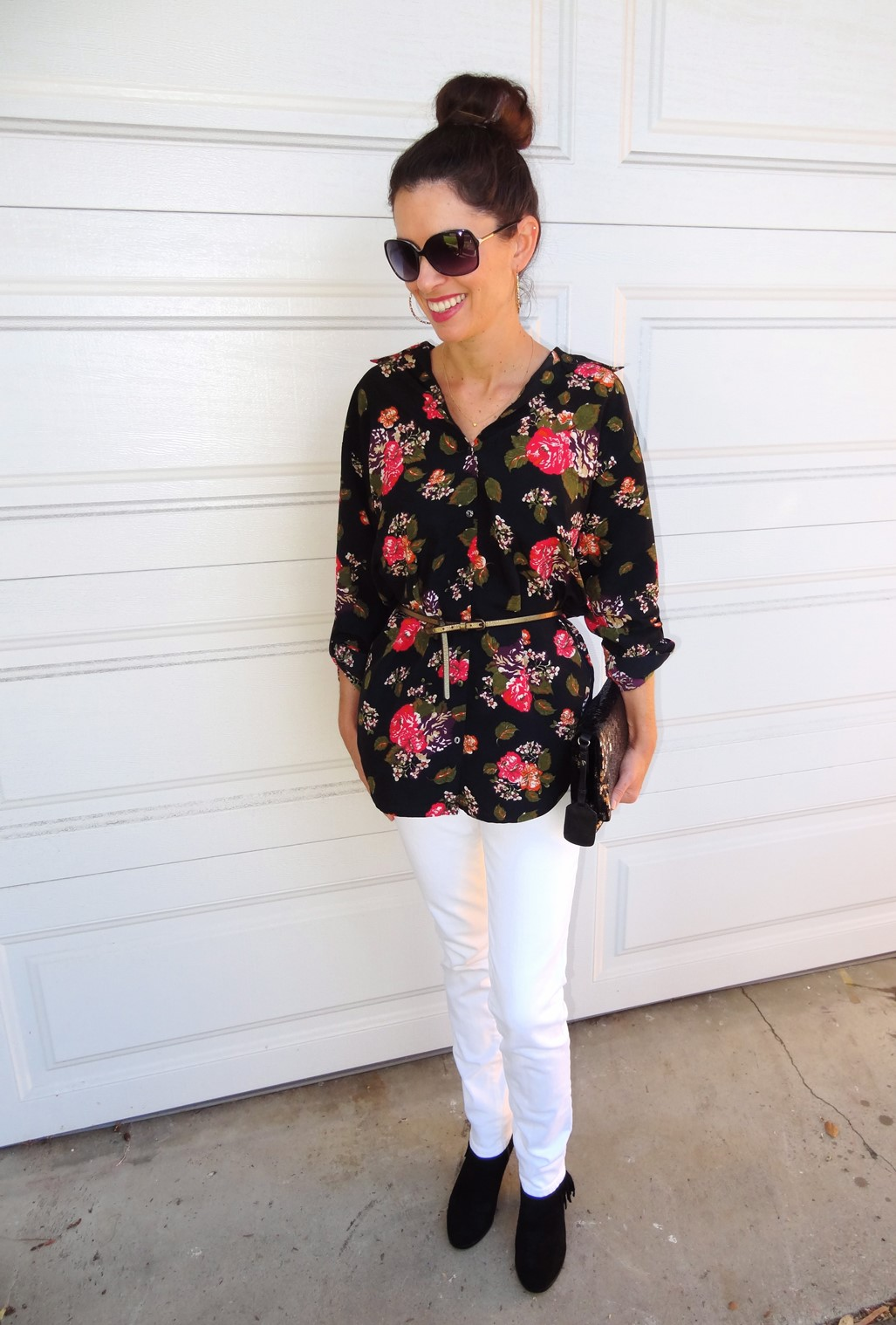 2. Wear of the Week White Pants and Floral