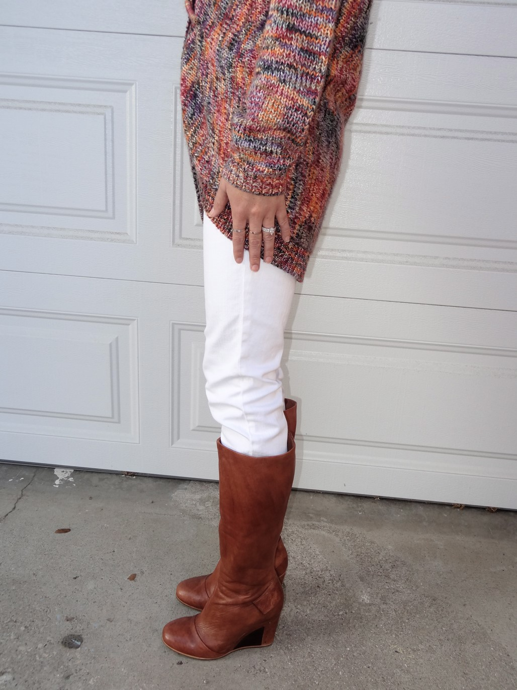 3. Wear of the Week White Pants and a Chunky Sweater