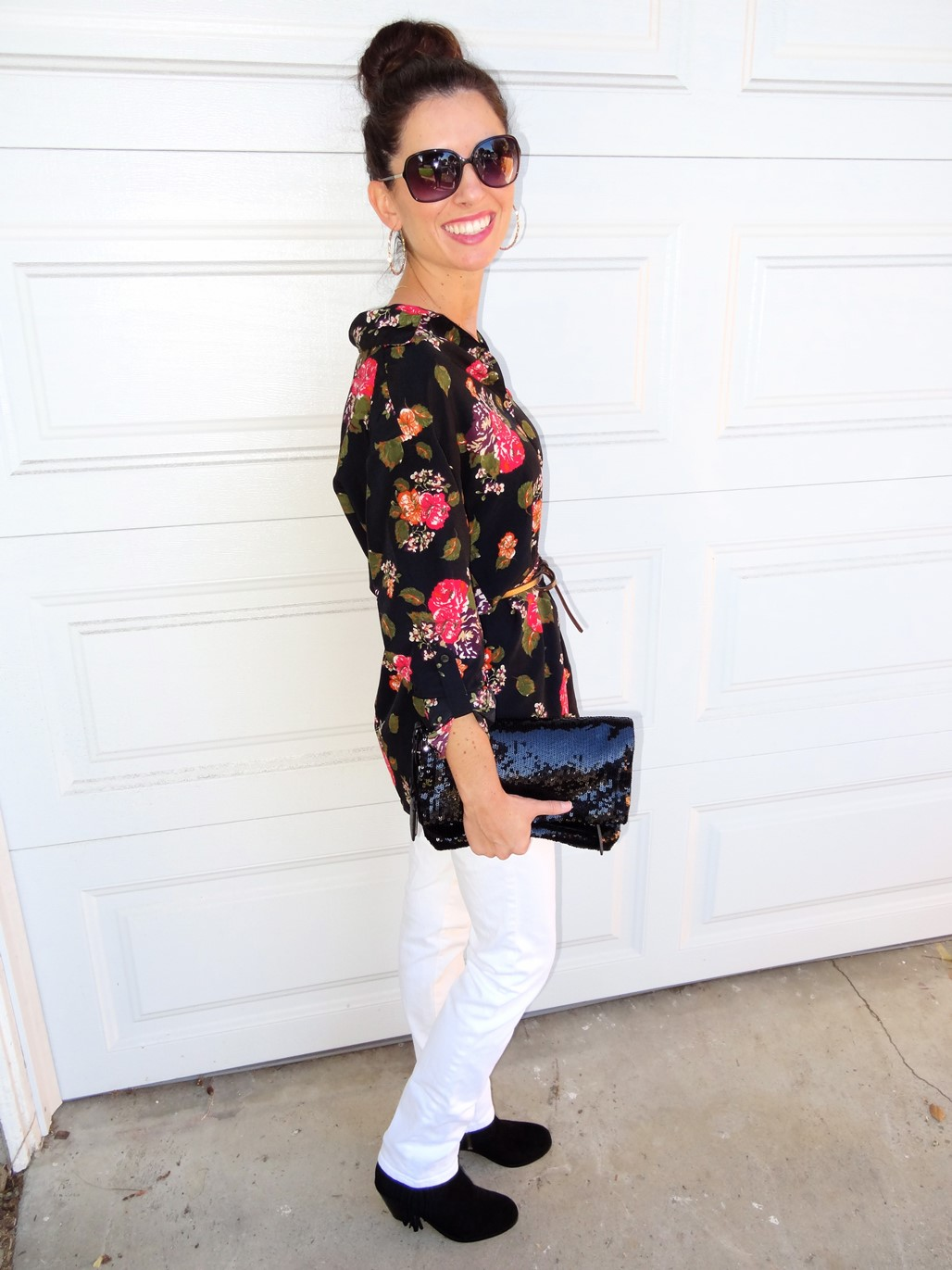 4. Wear of the Week White Pants and Floral
