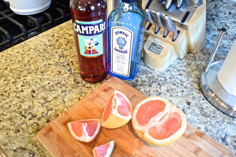 3. Bebidas Ruby-Red Grapefruit Campari Cocktail