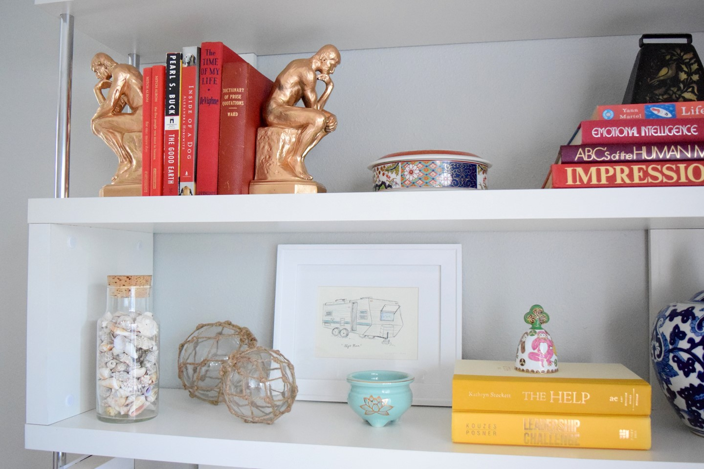 4. How to Style a Bookshelf